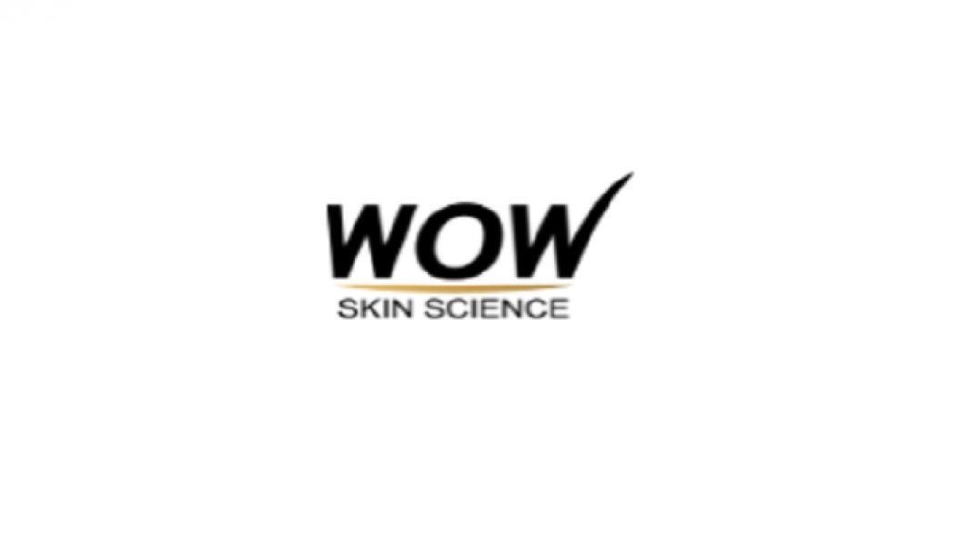 FULL REVIEW OF WOW COCONUT HYDRATING FOAMING FACE WASH WITH BUILT IN FACE BRUSH